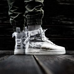 "NIKE SF AIR FORCE 1 MID PREMIUM BOOT ""WINTER CAMO "" 16100 @sneakers76 store online ( link in bio ) #nike #air #airforce #mid #sf #premium #boot #pack #winter #camo #wintercamo #nikesportswear @nike @nikesportswear ITA - EU free shipping over 50 ASIA - USA TAX FREE ship 29 photo credit #sneakers76 #teamsneakers76 #sneakers76hq #instashoes #instakicks #sneakers #sneaker #sneakerhead #sneakershead #solecollector #soleonfire #nicekicks #igsneakerscommunity #sneakerfreak #sneakerporn…"