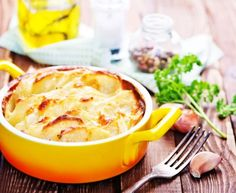 Gratin dauphinois du chat qui fume : Recette de Gratin dauphinois du chat qui fume - Marmiton Lunch Time, Lunch Box, Baked Potato, Mashed Potatoes, Macaroni And Cheese, Dinner, Eat, Cooking, Ethnic Recipes