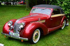 1938 Aero 50 kabrioelt 2+1 Sodomka Vintage Cars, Antique Cars, Car Ins, Old Cars, Tractor, More Fun, Transportation, Classic Cars, Automobile