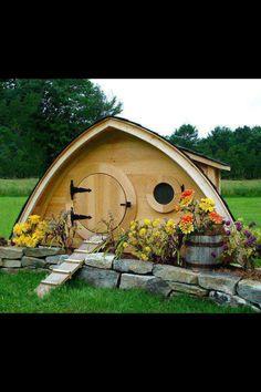 Super adorable dog cottage.
