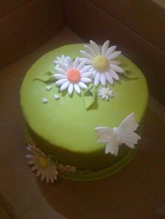 Nice simple Mother's Day Cake. Make it a little different shade of green.