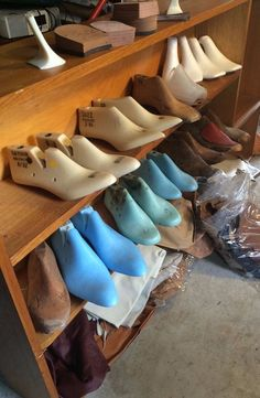 Shoe making lasts, leather offcuts & other bits