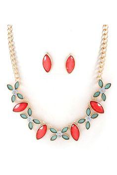 Mia Necklace & Earrings.