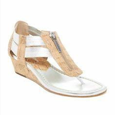 new 6M Donald J Pliner cork silver metallic new sandels with small wedge Size 6M Donald J. Pliner Shoes Sandals