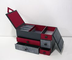 Lots of compartments. Jewelry box, designed by Veronica. This is a French site.