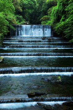 Waterfall Terrace, Taipei, Taiwan  photo via ges