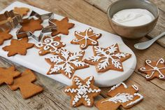 Christmas's most delicious gingerbread Norway Christmas Baking, Christmas Cookies, Christmas Decor, Christmas Ideas, Brownies, Muffins, Norwegian Christmas, Norwegian Food, Cookie Box