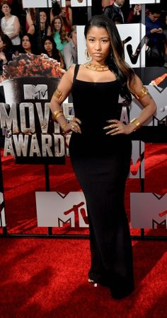 Maybe the best I've ever seen her look....proof positive that less is always more (Nikki Minaj at MTV Movie Awards 2014)
