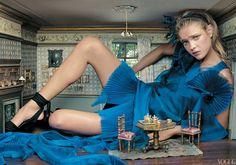Natalia Vodianova as Alice in Wonderland by Annie Leibovitz, December 2003
