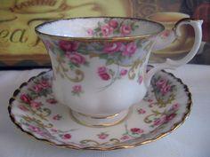 Royal Albert 'Sheraton Series' Rosemary TEA CUP AND Saucer SET