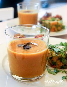 Eine meiner absoluten Lieblingssuppen! Kürbis-Süßkartoffel-Mango-Suppe - Asia-Style, einfach zu kochen, vegan und immer lecker! Meine Empfehlung.