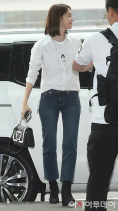 Airport Fashion Kpop, Im Yoona, Airport Style, Snsd, Girls Generation, Suits, Chic, Shabby Chic, Elegant