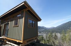 "The V House is a gorgeous tiny house built by Nelson Tiny Houses. The builder is based in Nelson, British Columbia. V Homes — the ""V is for Versatility"" — can range from 108 to 250 sq.ft. and start at $35,000 for a 120 sq.ft. model (8′ x 15′). The Nelson Team can furnish it … The V House by Nelson Tiny HousesRead More »"