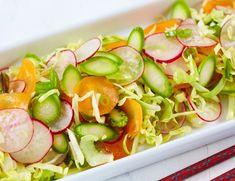 Sommerens vakreste nykålsalat   FRUKT.no Vinaigrette, Vegetables, Food, Summer, Essen, Vegetable Recipes, Meals, Yemek, Vinaigrette Dressing