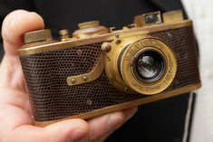 Photographer David Douglas Duncan's Leica camera snapped up for 1.6 mn euros in Vienna sale