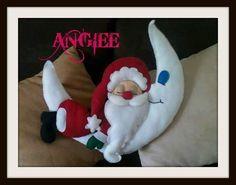 Blog voltado à artesanato em geral. Christmas 2017, Christmas Diy, Christmas Trees, Xmas Ornaments, Halloween, Christmas Stockings, Free Pattern, Santa, Holiday Decor