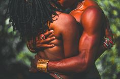 "New Platform Promotes Images Of Black People Engaging In Acts Of Affection | ""Black Love Power"" aims to reimagine and reflect the many ways black love can be experienced and perceived."