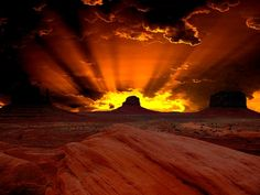 Sunrise ~ Monument Valley, Utah, USA Thank You Lord for your beautiful creations. All Nature, Amazing Nature, Beautiful World, Beautiful Places, Monument Valley Utah, Cool Pictures, Beautiful Pictures, Photos Voyages, Beautiful Sunrise