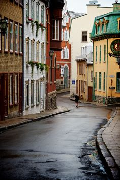 Petite rue du Vieux-Québec // Side street in Old Québec #quebecregion