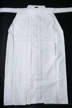 High Quality White Tetron Hakama, 24 by e-bogu.com, Inc.. $48.00. Made of 65% Polyester and 35% Rayon.  Very light and easy to take care!!!  Also Iaido and Aikido practicioners favorite.     For more details on this product and our newest product line, please contact to our toll free number 866-365-3636.
