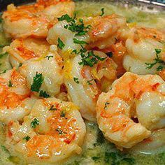 Ingredients    4 tsp olive oil  1 1/4 pounds med raw shrimp, peeled and deveined (tails left on)  6-8 garlic cloves, minced  1/2 cup low sodium chicken broth  1/2 cup dry white wine  1/4 cup fresh lemon juice  1/4 cup + 1 T Fish Recipes, Seafood Recipes, Cooking Recipes, Healthy Recipes, Low Carb Shrimp Recipes, Healthy Foods, Sauted Shrimp Recipes, Buttered Shrimp Recipe, Quick Recipes