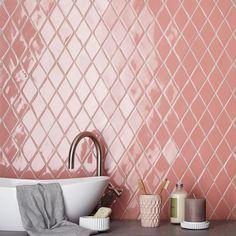 5 Pink bathroom ideas for a splendid and pampering holiday season (Daily Dream Decor) Boho Bathroom, Diy Bathroom Decor, Bathroom Styling, Bathroom Interior Design, Modern Interior Design, Bathroom Ideas, Shiplap Bathroom, Bathroom Vintage, Nordic Interior