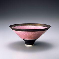 「没後20年 ルーシー・リー展」が開催中、日本初公開作品も。 | casabrutus.com