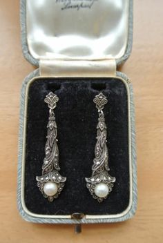 Vintage circa 1920's Contintental Silver marcasite & pearl earrings. Screw…