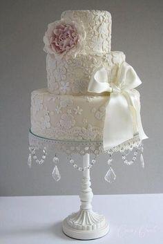 Vintage Elegant Lace Applique Cream Ivory 3 Tier Wedding Cake