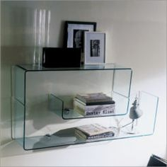 Wall mount Shelves are an awesome approach to bring more outline and territory into any room, and developing the space of your walls and corners. Wall Mounted Shelves, Glass Shelves, Storage Shelves, Shelving, Osaka, Curved Glass, Shelf Design, Unique Home Decor, Floating Nightstand