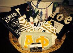Uconn alpha phi big little basket ❤️