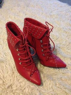 http://www.ebay.com.au/itm/NOVO-red-STUDDED-stiletto-LACE-UP-BOOT-sz-8-NEW-/281167341503?pt=AU_Women_Shoes&hash=item4176e127bf
