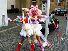 """Cosplay is short for """"costume roleplay"""" where participants wear elaborate costumes usually as a specific character or idea. Often, the fashionistas of this street fashion will dress up as characters from manga, anime, and video games. Sailor Moon Cosplay, Sailor Chibi Moon, Epic Cosplay, Amazing Cosplay, Anime Cosplay, Cool Costumes, Cosplay Costumes, Maquillage Halloween, Awesome Anime"""