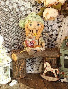 Коллекционные куклы ручной работы. Ярмарка Мастеров - ручная работа. Купить текстильная коллекционная кукла Весеннее солнышко. Handmade. Зелёный
