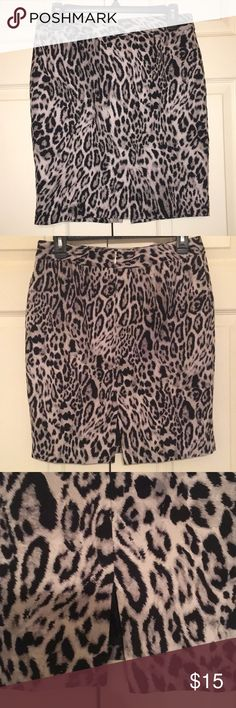 "Animal print skirt Like new women's animal print skirt Invisible zipper and short split on back of skirt Can be worn to work or out with the girls!!! Size 6P Skirt is 19"" in length No stains or rips.... smoke free!!!! Worthington Skirts Midi"