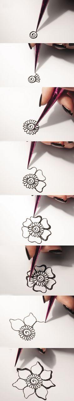 DIY Idea for mehndi. Easy tutorial for mehndi-flower ornament.  #diy #mehndi #tutorial