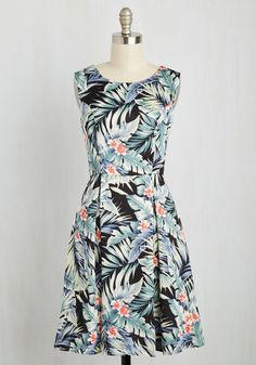 I Rest My Grace Dress in Palms. Your style has been described in many fabulous ways - classic, timeless, oh-so-elegant - and this tropical dress offers posh proof! #multi #modcloth