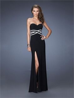 Be the best dressed at prom or your next military ball or gala! This gown  La Femme 20030 has a sweetheart neckline 9a7ec6cb8
