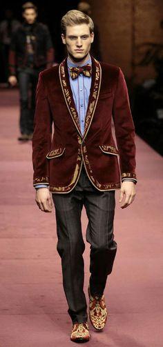 Dolce and Gabbana luv this Gentleman Mode, Gentleman Style, Wedding Blazers, Masculine Style, Velvet Blazer, Fine Men, Well Dressed Men, Jacket Style, Sport Coat