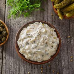 Remouladsås – recept Homemade Tartar Sauce, Lchf, Keto, Sauce Recipes, Chutney, Camembert Cheese, Yogurt, Veggies, Food And Drink