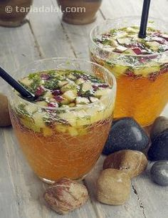Fruits Orange and Ginger Punch recipe, Vegetarian Recipes Orange and Ginger-Ale PunchOrange and Ginger-Ale Punch Indian Food Recipes, Vegetarian Recipes, Cooking Recipes, Healthy Recipes, Healthy Breakfasts, Fruit Drinks, Healthy Drinks, Beverages, Eating Healthy