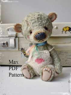 Etsy の PDF Teddy bear pattern 8 inches 20 cm Max by MoscowBearKA Vintage Teddy Bears, My Teddy Bear, Cute Teddy Bears, Teddy Bear Patterns Free, Teddy Toys, Sock Toys, Bear Doll, Stuffed Animal Patterns, Stuffed Animals