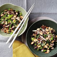 Slimming Superfood Recipe: Chinese Chicken Salad With Quinoa (So good you'll actually want the leftovers.) #SELFmagazine