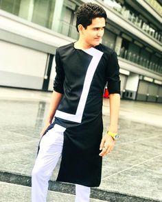 Pin by moin qureshi on men's kurt's Indian Men Fashion, Mens Fashion Suits, Muslim Fashion, Denim Fashion, Kurta Pajama Men, Kurta Men, African Clothing For Men, African Shirts, Mens Traditional Wear