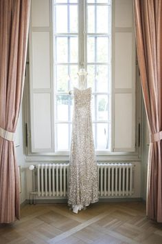 Based Geneva Loukia Arapian works throughout Switzerland and beyond. She specialises in designing and planning luxury weddings and events. Event Styling, Geneva, Luxury Wedding, Decoration, Beautiful Day, Wedding Designs, Cribs, Wedding Planner, Lily