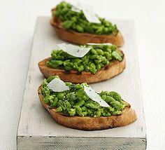 Crushed broad bean & mint bruschetta idee voor lunch: verschillende soorten bruschetta en of sandwitches?