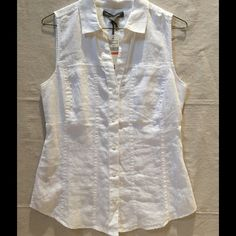 Tommy Bahama Two-Palms Linen Sleeveless Top NWT Tommy Bahama Two-Palms 100% Linen Sleeveless Top, Whit3e, Size XS, very flattering fit, looks great with anything! Tommy Bahama Tops Tank Tops