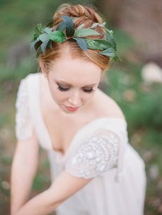 Green leaf crown: Love Sparkle Pretty - Ballerina inspired Valentines shoot by Mirelle Carmichael - via Magnolia Rouge