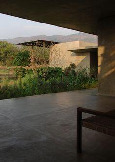 Image 6 of 29 from gallery of Utsav House / Studio Mumbai. Photograph by Courtesy of Studio Mumbai
