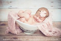 Belly Bowl and Baby - Photoshooting.. http://blog.babybauch-abdruecke.de/2013/07/gipsabdruck-belly-bowl-kombiniert-mit-baby-fotoshooting.html